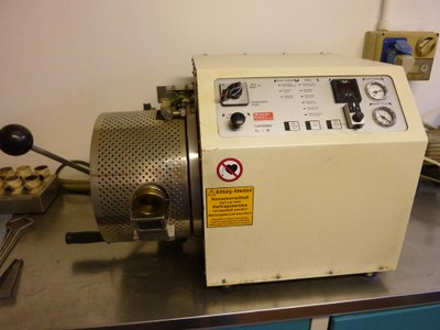 14 - Fonditrice per metalli ad induzione sottovuoto e pressione